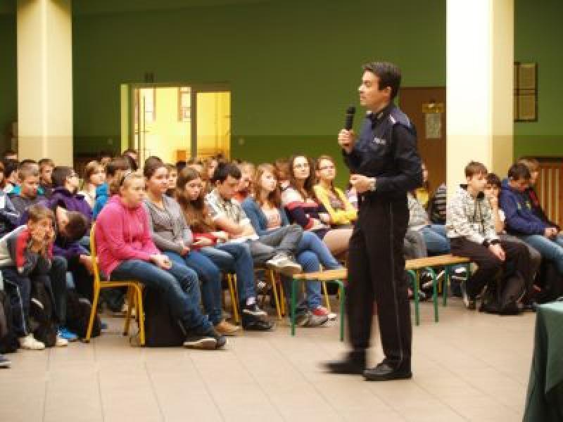 Policja wgimnazjum