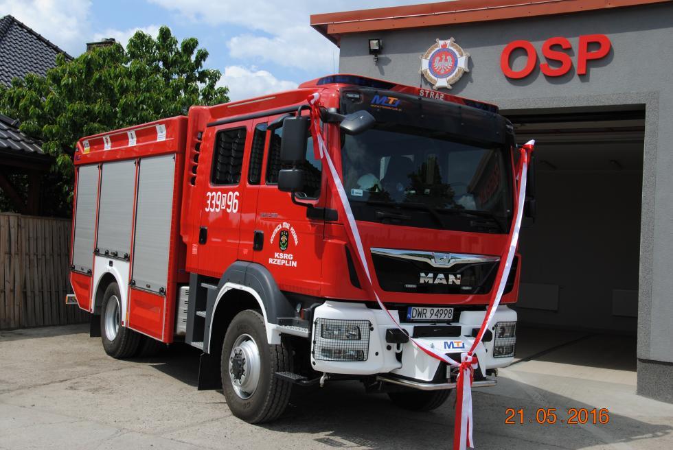 Nowy wóz strażacki dla OSP Rzeplin