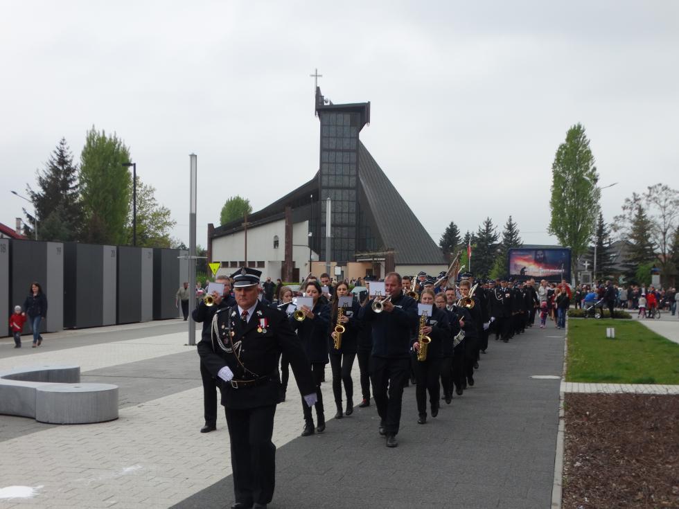 Obchody Święta Konstytucji 3 maja oraz Dnia Strażaka