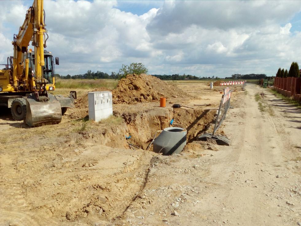Budowa kanalizacji wSadkowie