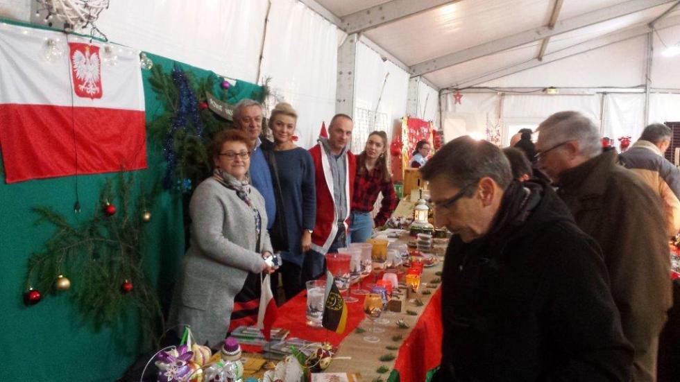 Delegacja Powiatu na Kiermaszu Bożonarodzeniowym weFrancji