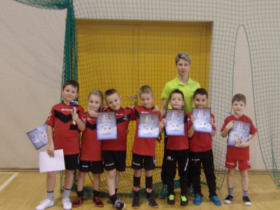 Halowy turniej piłki nożnej wKrośnicach