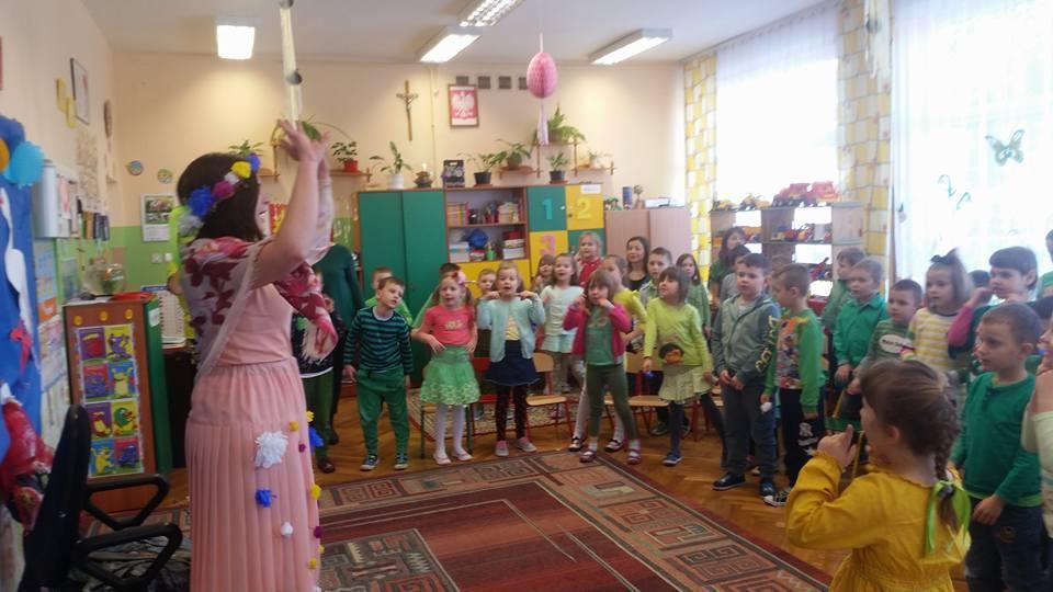 Dzieci wMietkowie powitały wiosnę