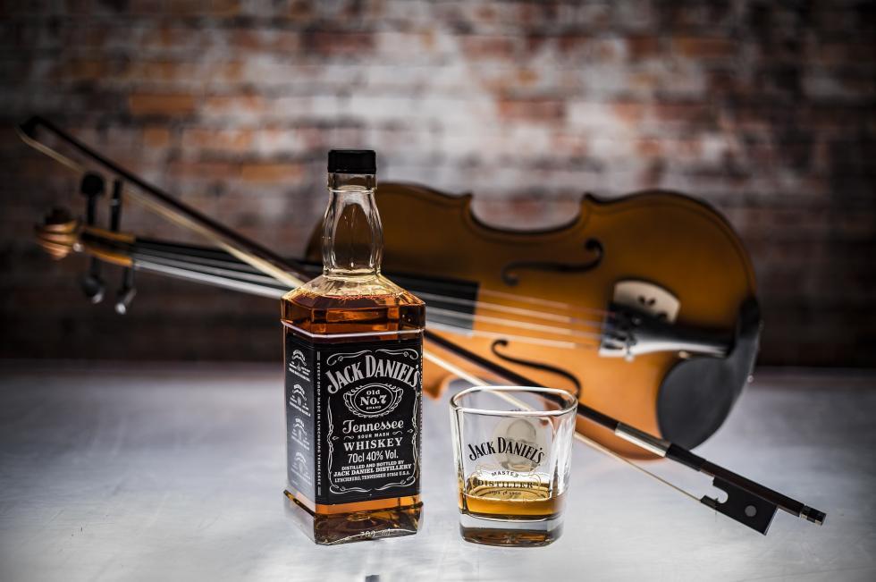 Czy whisky jest dobra dla zdrowia? Obalamy fakty imity na jej temat