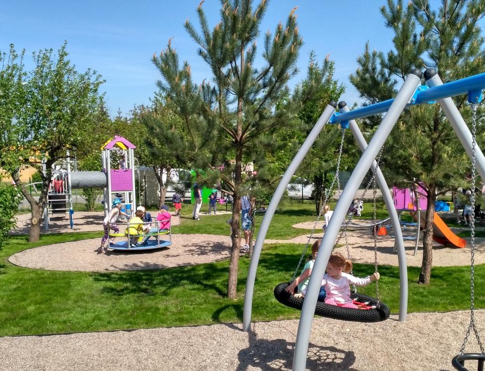 Nowy plac zabaw dla małych mieszkańców Iwin