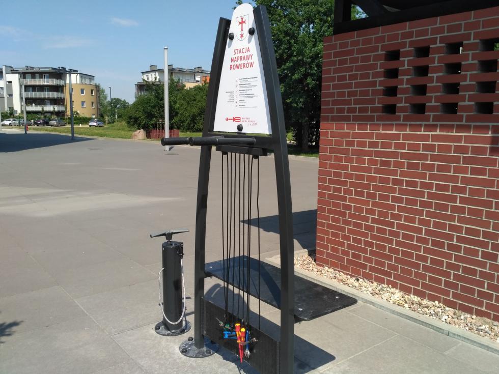 Obok Ratusza stanęła stacja naprawy rowerów