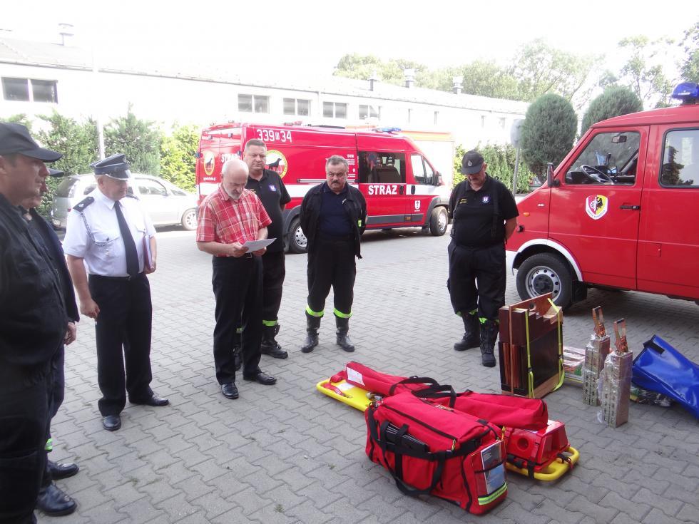 Gmina przekazała nowy sprzęt dla strażaków zOSP