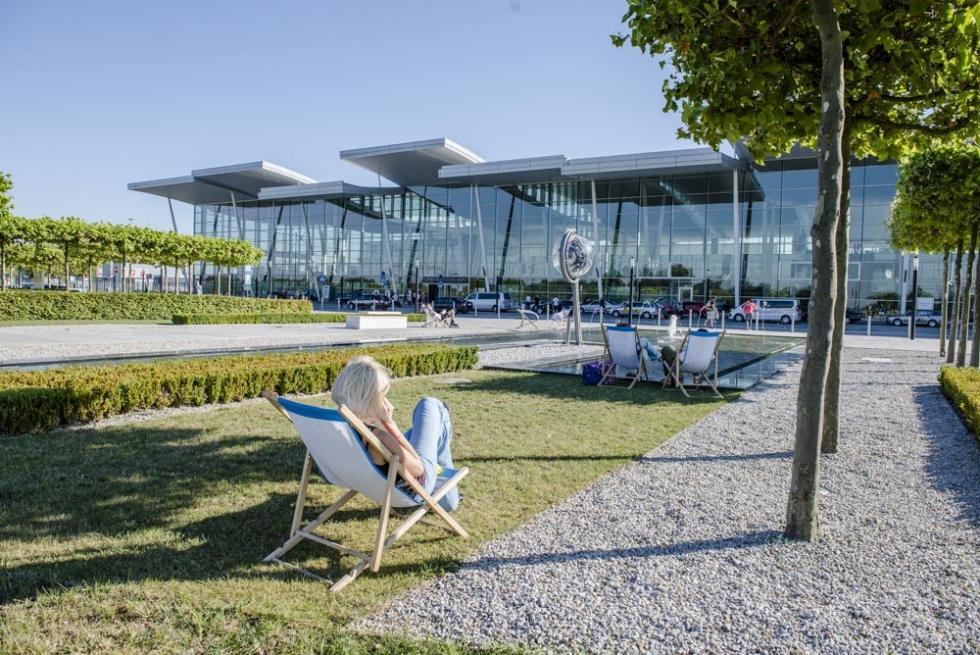 Port Lotniczy Wrocław. 375 tys. pasażerów wszczycie sezonu
