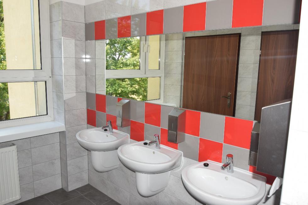 Szkolne toalety po remoncie