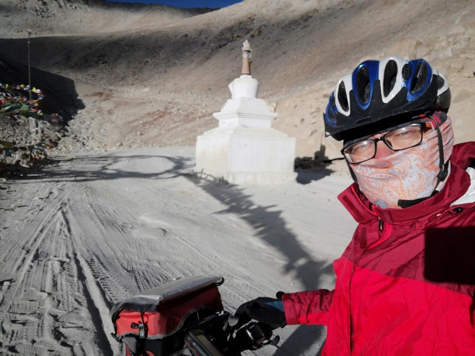 Podróżnik zWrocławia przejechał rowerem przez Himalaje. Pokonał 1300 km przez najwyższe przełęcze świata