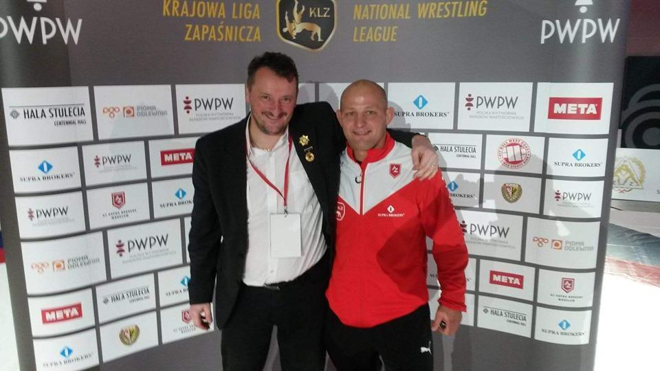 Mistrz Świata będzie trenował młodych zapaśników wKątach Wrocławskich