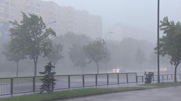 Możliwe burze zgradem oraz silnymi porywami wiatru