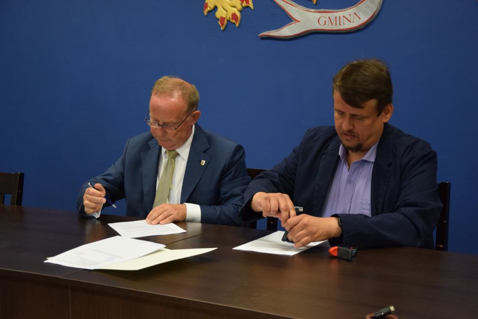 Kolejne oświatowe inwestycje wgminie Czernica