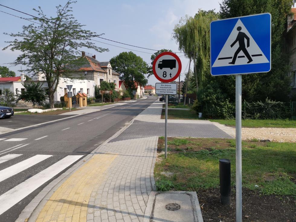 Budowa chodnika wWęgrach - koniec Ietapu