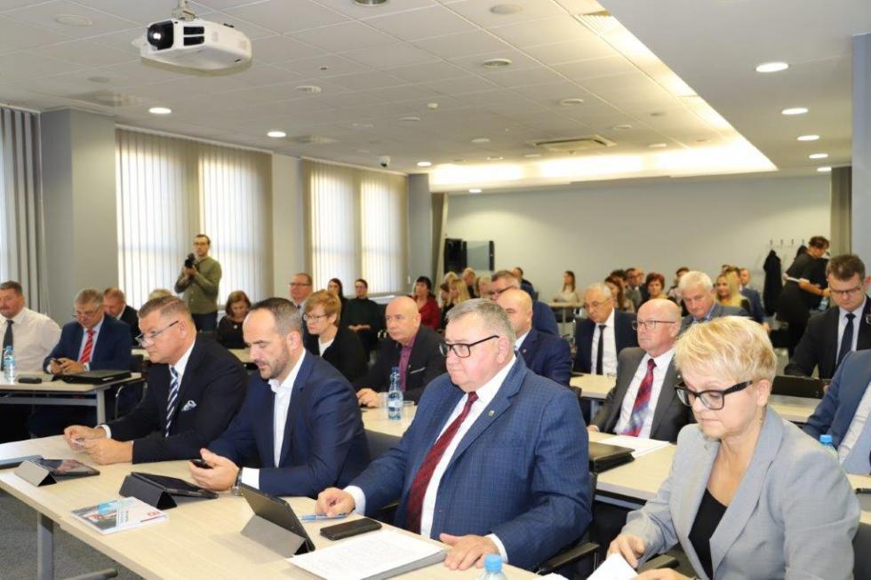 IX Sesja Rady Powiatu Wrocławskiego