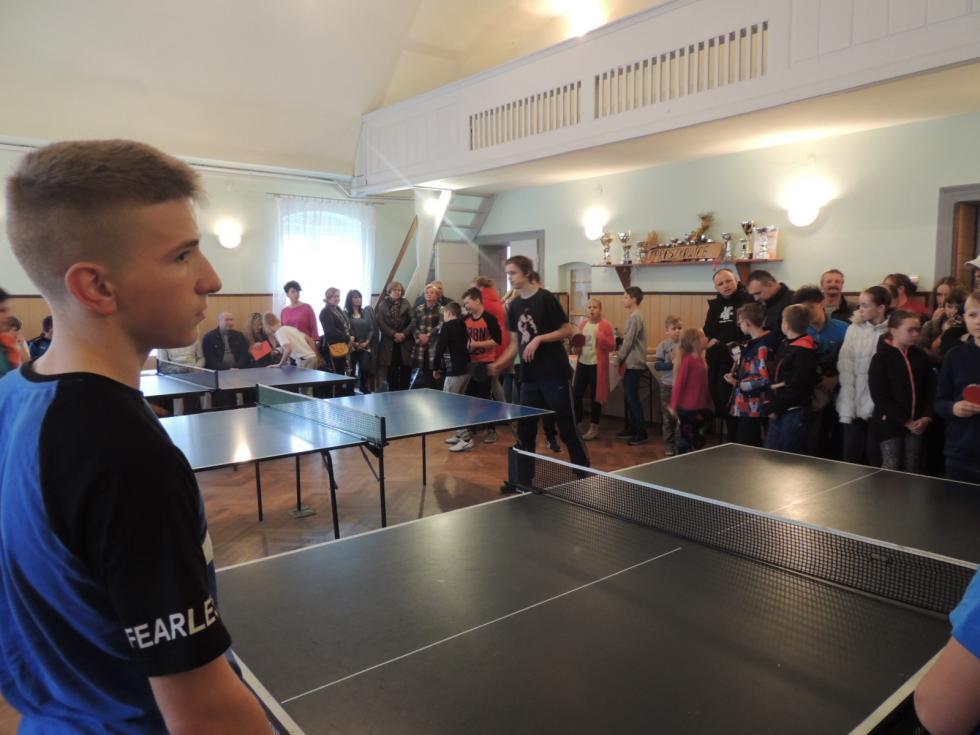 Niepodległościowy Turniej Tenisa Stołowego wProszkowicach
