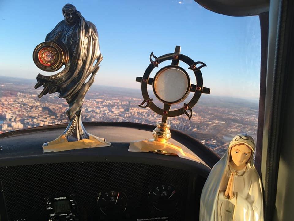 Lotnicza modlitwa ozdrowie mieszkańców