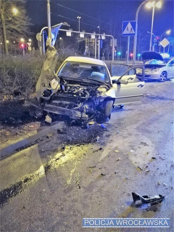 Mając blisko 2 promile zderzył się zinnym pojazdem