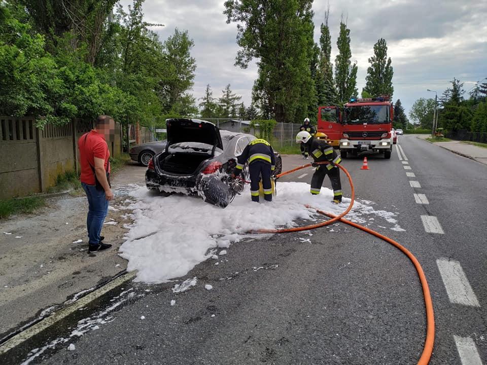 Dwa pożary ugaszone zpomocą mieszkańców