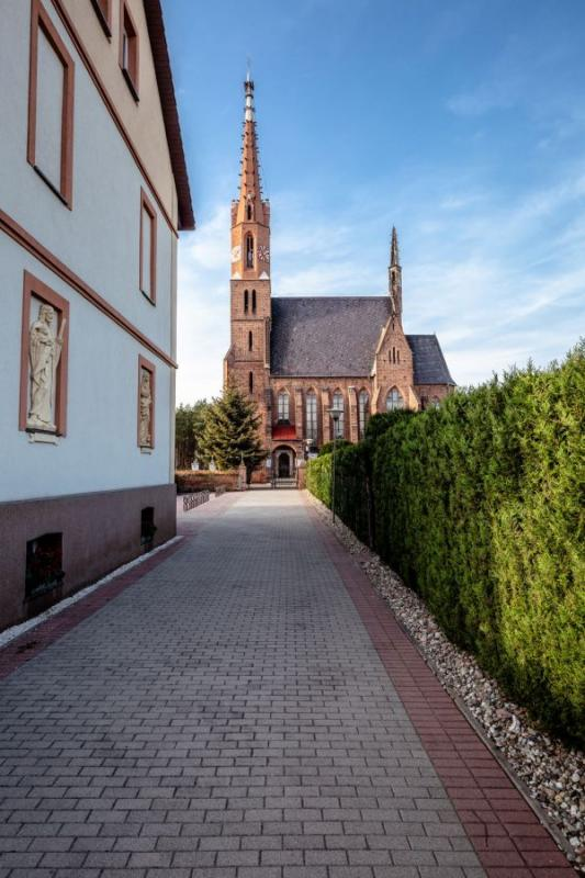 Kościoły wgminie Czernica - prezentacja