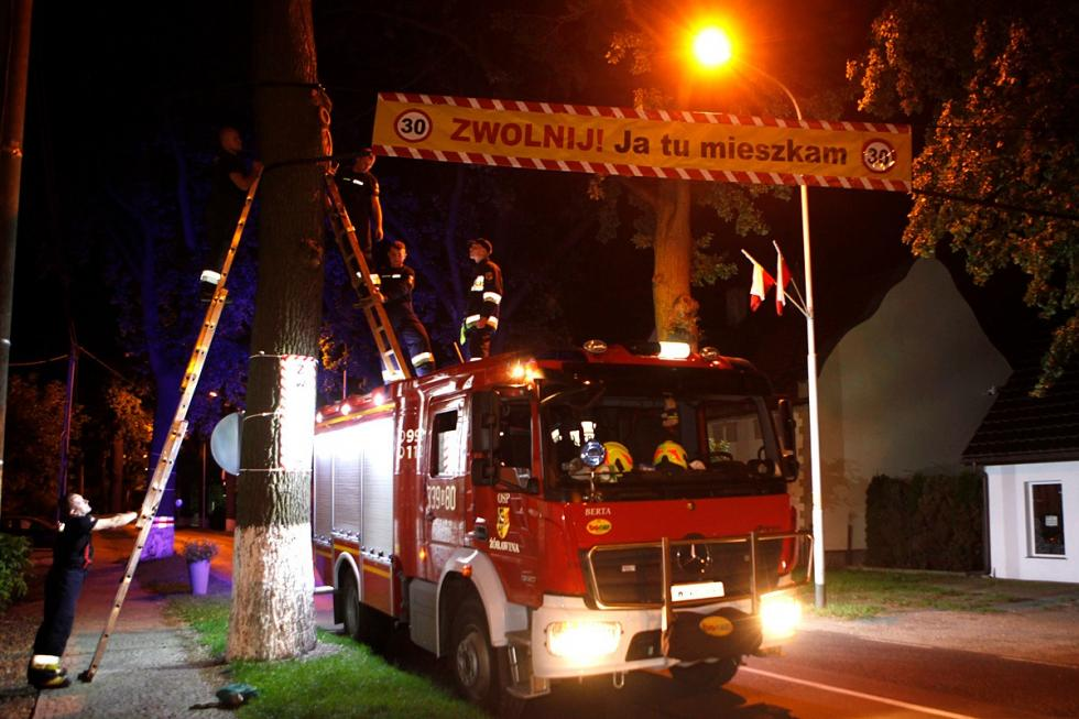 Strażacy wspierają bezpieczeństwo