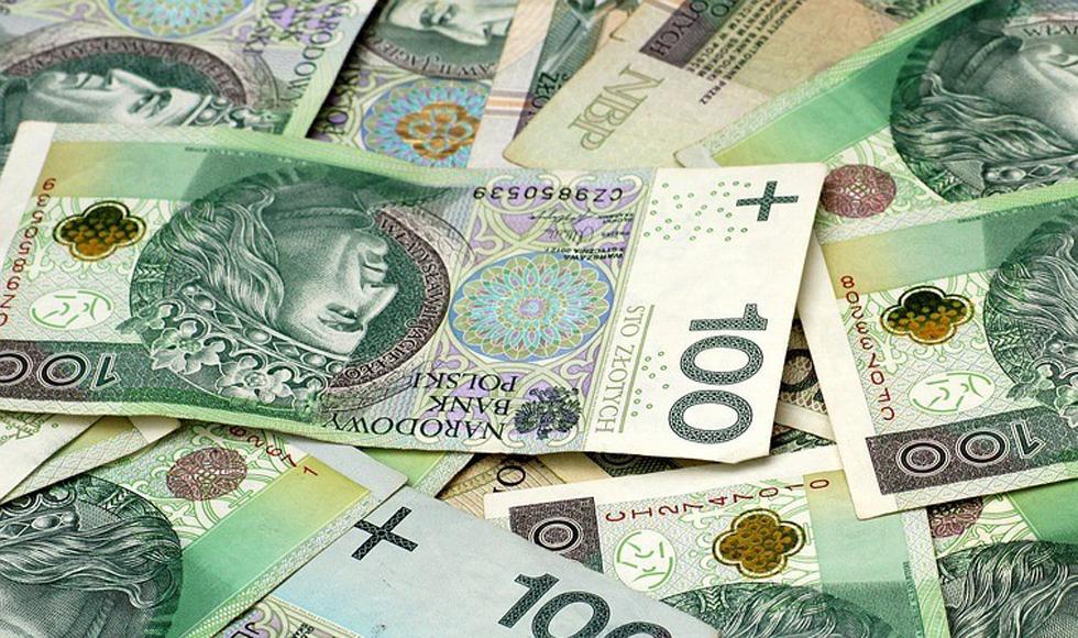 Polacy wydają miliardy na obligacje