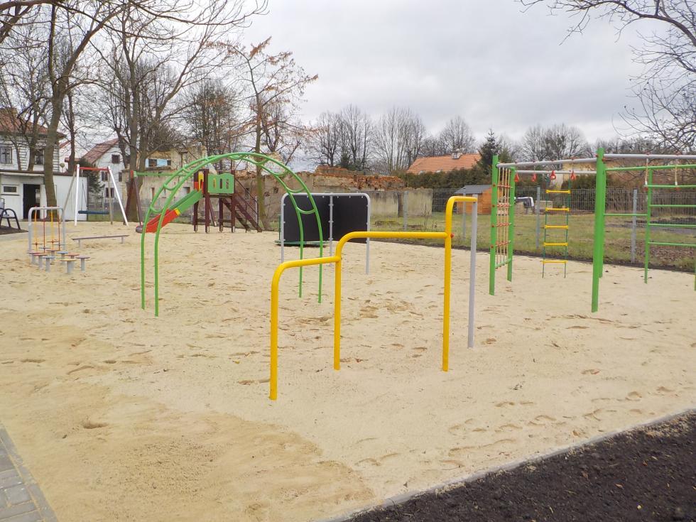 Sulęcin: zakończyła się modernizacja placu zabaw przy Al. Lipowej