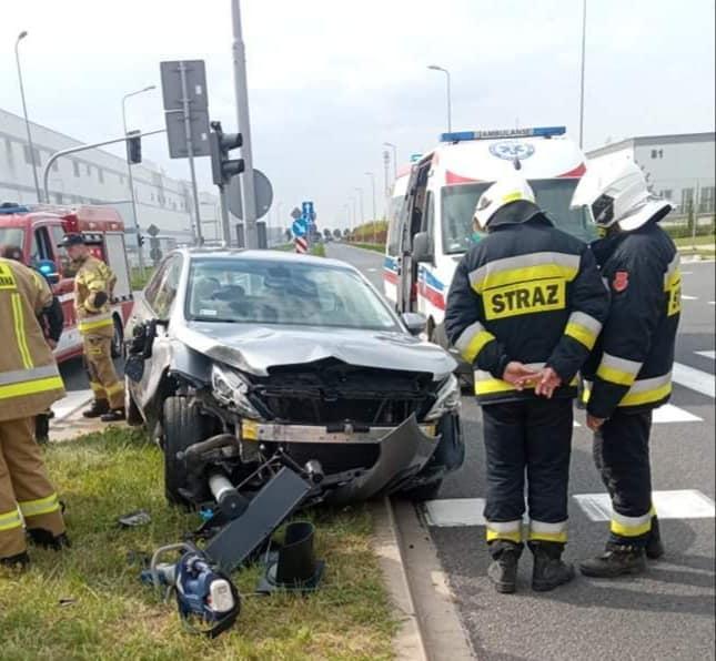Zderzenie dwóch samochodów